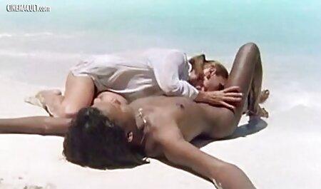 18 Jahre kostenlose pornos deutschsprachig alt in einer ihrer ersten Szenen